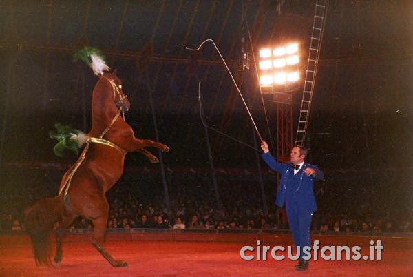 CIRCO MOIRA ORFEI: FOTO DELLO SPETTACOLO 1986